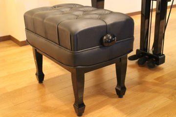 ドイツ製ガス式シリンダー使用 ピアニストのための高級ベンチ ¥200.000-(税別)